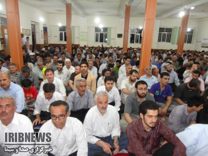 برگزاری آئین احیای شب قدر در مهاباد